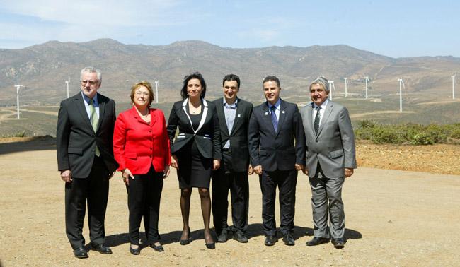 Bachelet inaugura parque eólico en Ovalle